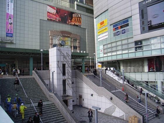 新宿駅東南口公衆便所2