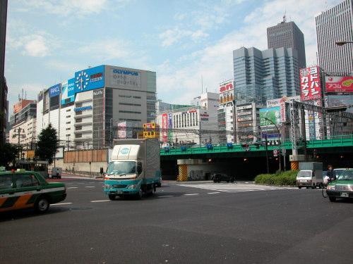 新宿駅西口・東口24