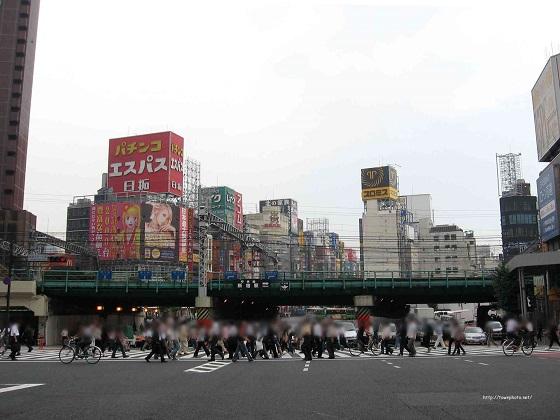 新宿駅西口・東口22