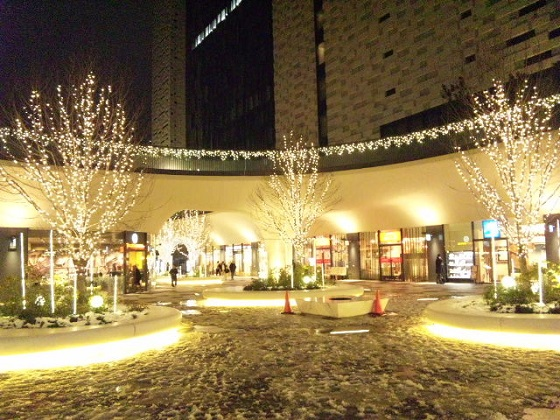 新宿イーストサイドスクエア イルミネーション