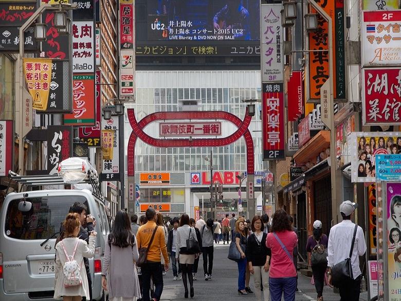新宿歌舞伎町って安全なの?今と昔の治安を比較してみた